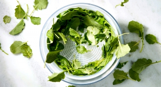 What Is A Salad Spinner And Why To Use One cover