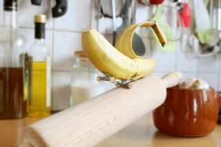 Skateboarding Fruits And Vegetables – 'Skitchen' by Benoit Jammes cover